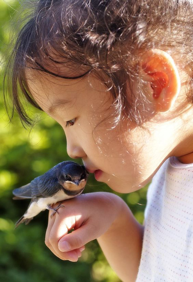 relationship-between-cute-baby-and-pet-22