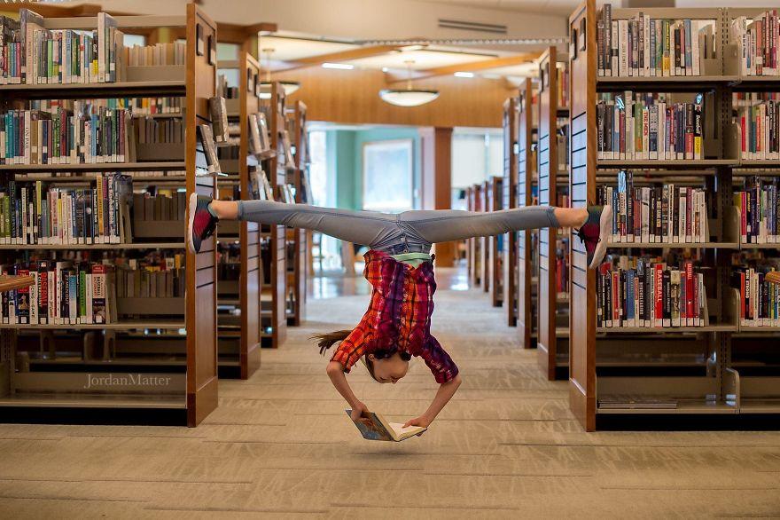 Дети Легко Совершать Необычные Танцевальные Движения (1)