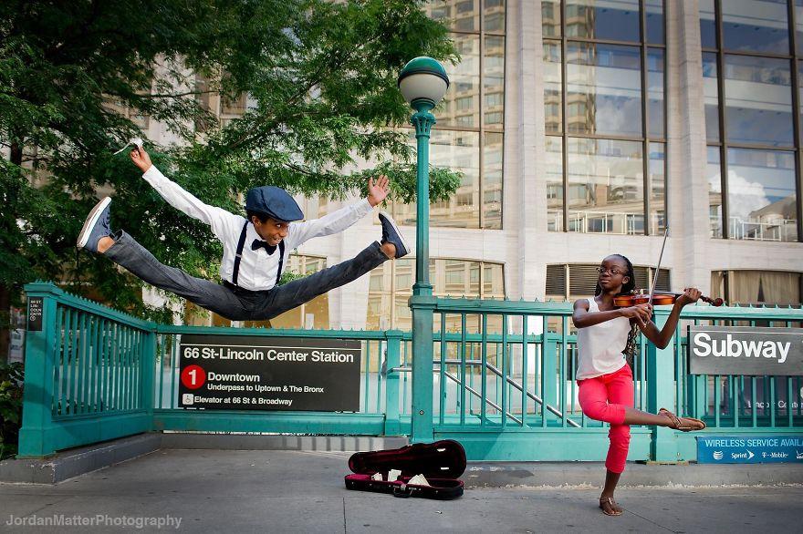 Дети Легко Совершать Необычные Танцевальные Движения (18)