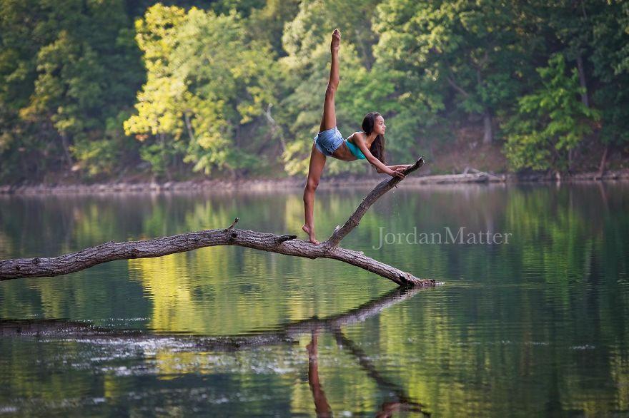 Дети Легко Совершать Необычные Танцевальные Движения (19)
