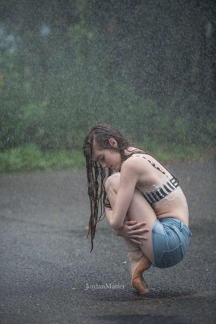 Дети Легко Совершать Необычные Танцевальные Движения (8)