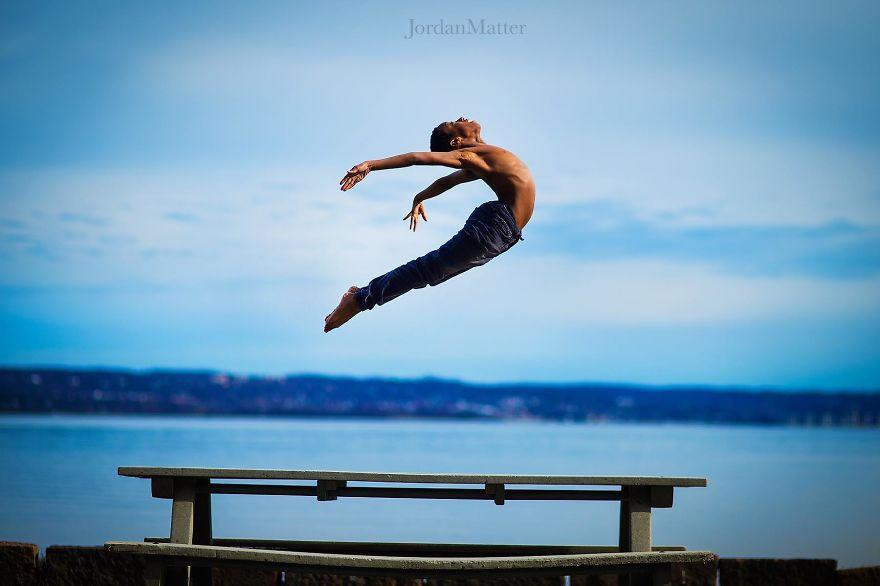 Дети Легко Совершать Необычные Танцевальные Движения (9)