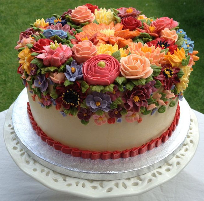 Yummy Blooming Flower Cakes (1)