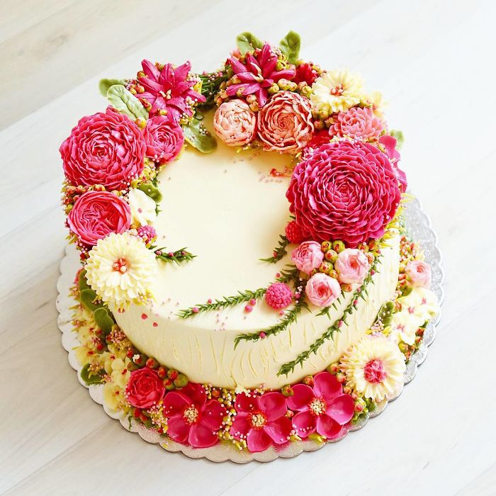 Yummy Blooming Flower Cakes (7)