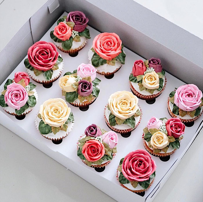 Yummy Blooming Flower Cakes (8)