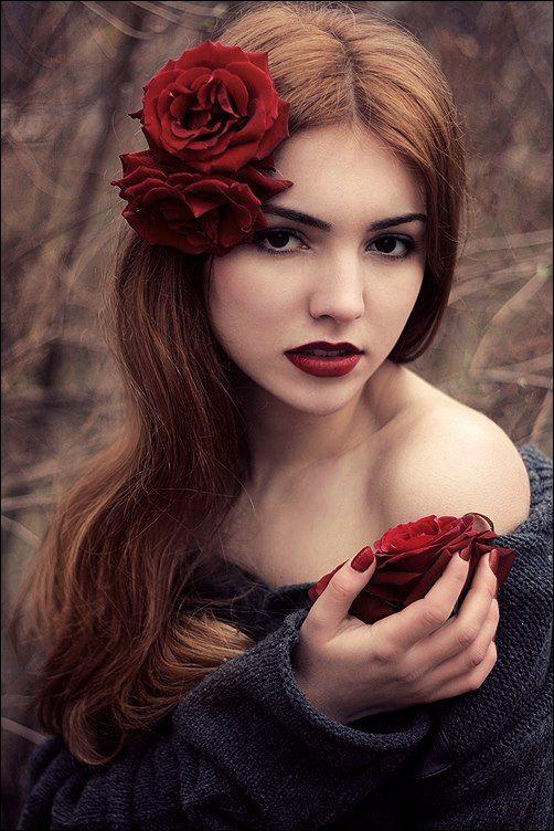 Stylish And Romantic Girls Images (13)
