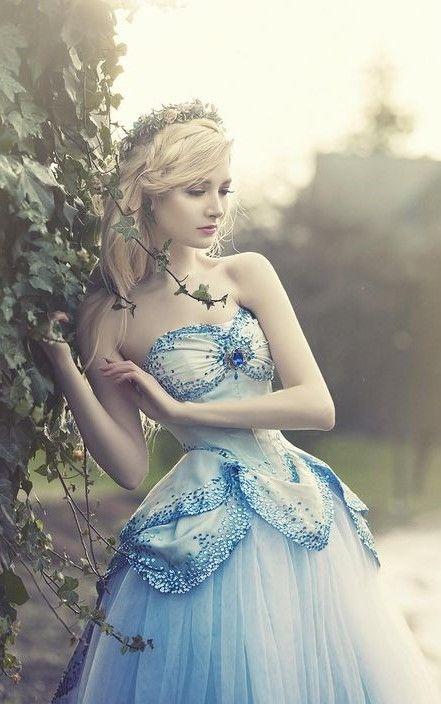 Stylish And Romantic Girls Images (16)